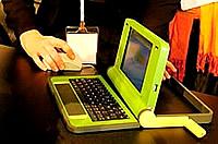 Erstes Modell vom 100 Dollar Laptop