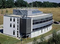 Synergiefassade am Solarzentrum Frankfurt/Oder