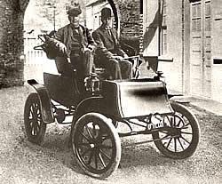 Edison im Studebaker Electric Runabout 1902