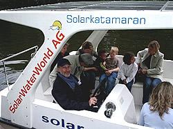 Der Autor am Steuer eines SunCat 21