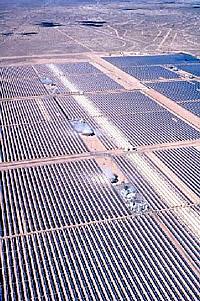 Rinnen-Solarkraftwerk in der Mojave-Wüste