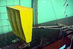Wave Roller Versuchsaufbau im Wassertank