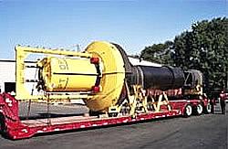 PowerBuoy Wellenkraftwerk auf Sattelschlepper