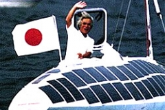 kenichi_horie_auf_solarboot