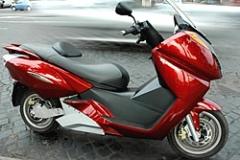 vectrix_e_scooter